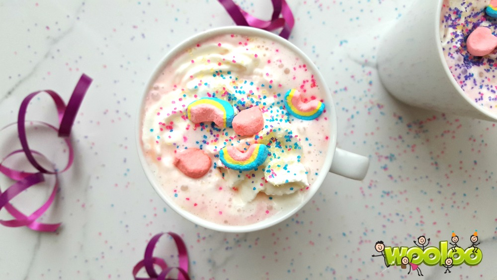 Chocolat chaud rose de licorne / wooloo