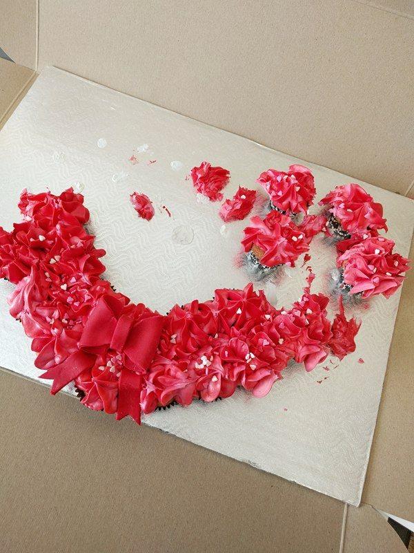 Couronne de mini cupcakes pour la St-Valentin wooloo