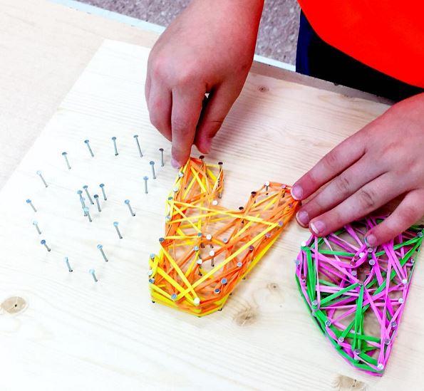 bricolage fetes des peres cadre elastiques wooloo