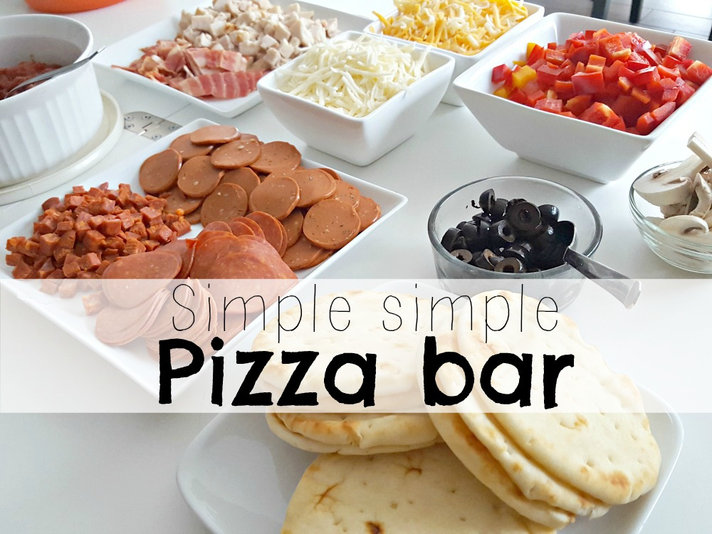 Sooo simple Pizza Bar