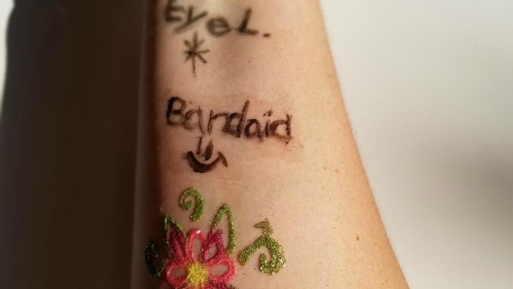 3 méthodes pour faire des tatouages temporaires DIYwooloo