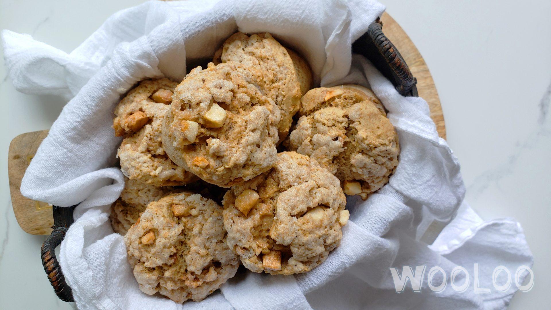 Muffins aux pommes et au sucre à la cannelle