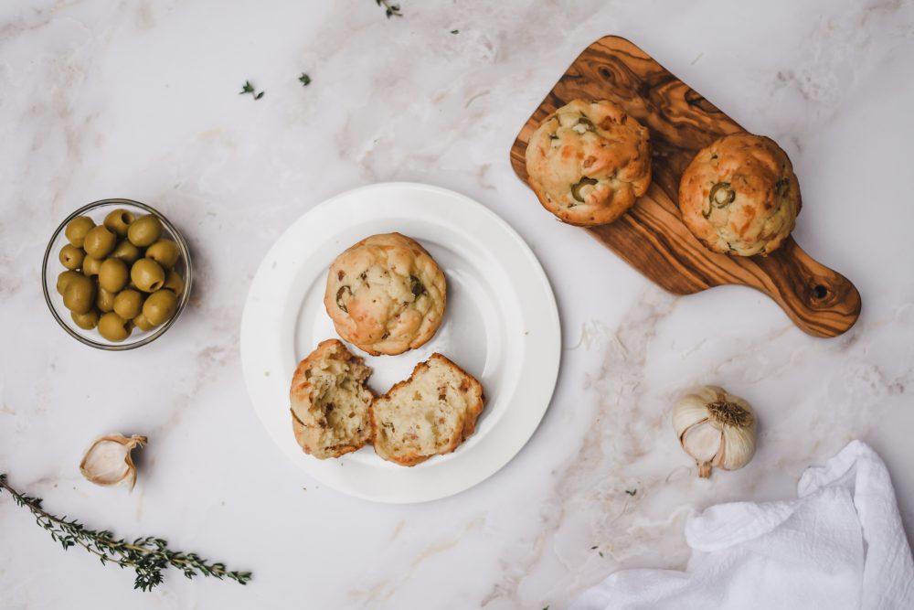 Muffins aux Olives Manzanilla d'Espagne, au fromage & au jambon