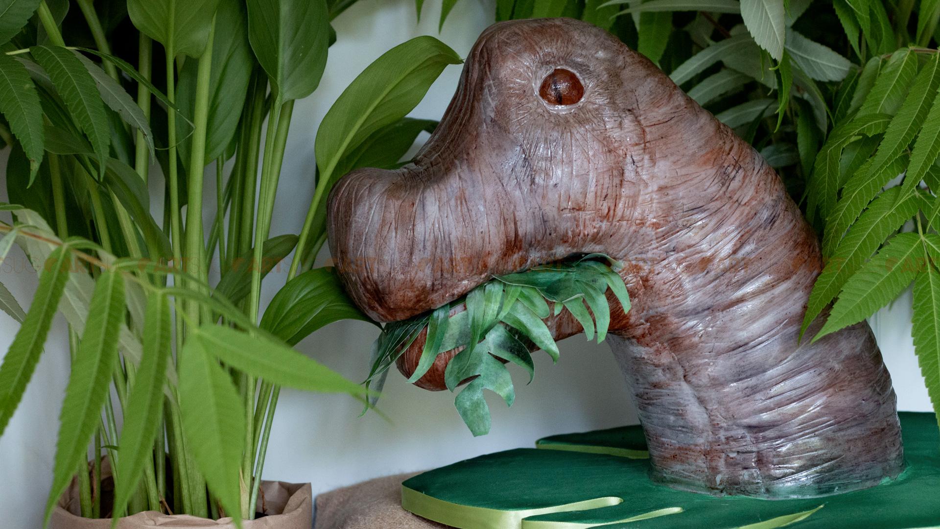 Gâteau dinosaure 3D pour un anniversaire Jurassic Park