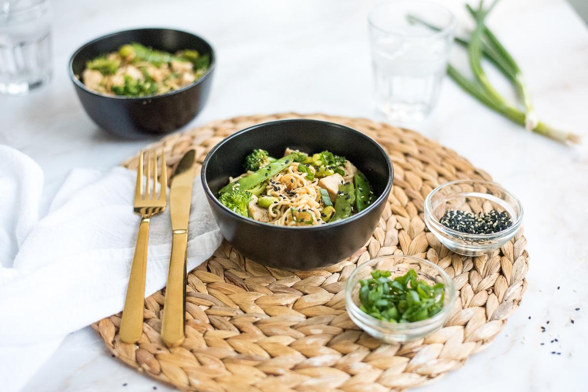 nouilles-ramen-poulet-brocoli-wooloo