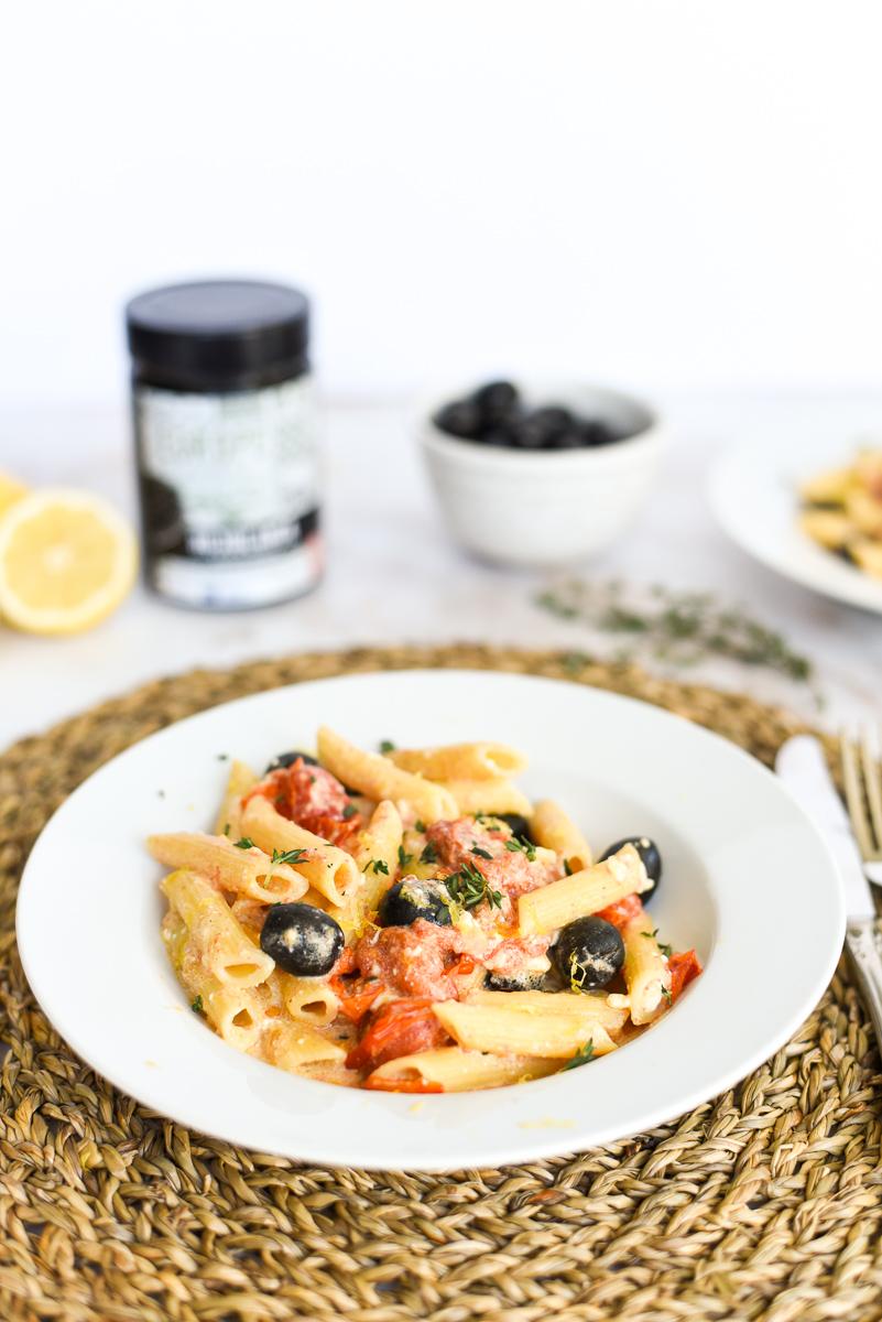 Pâtes-Tiktok-fromage-feta-tomates-olives-wooloo_4